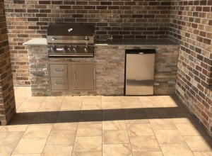 Cross Creek Ranch Outdoor Kitchen - Fulshear, TX - Sahara Custom Pools