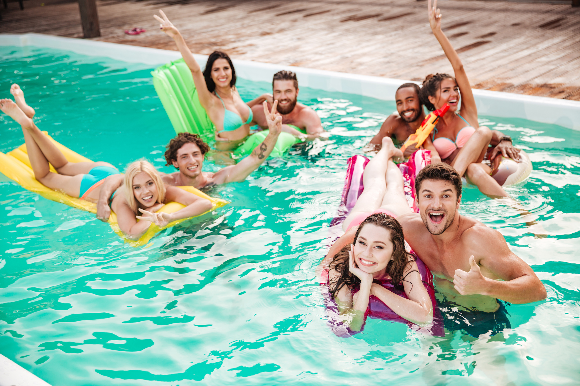 Fun in the Sun: 5 Awesome Swimming Pool Games for the Whole Family