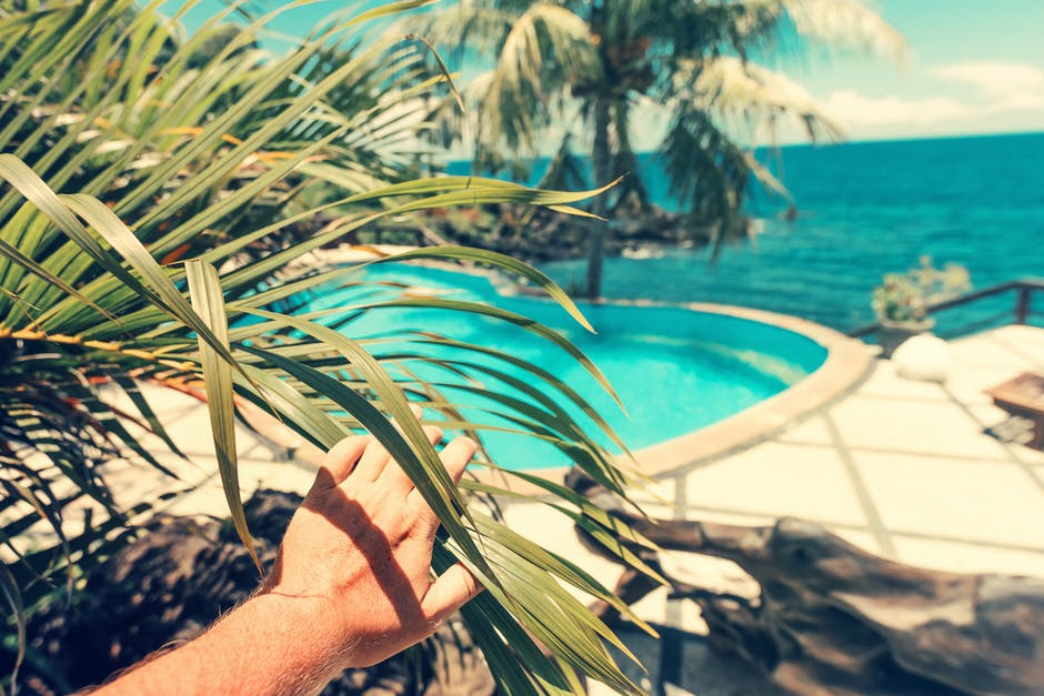 How To Choose The Right Custom Pool Design And Be Satisfied