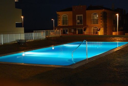 The Benefits of a Heated Pool