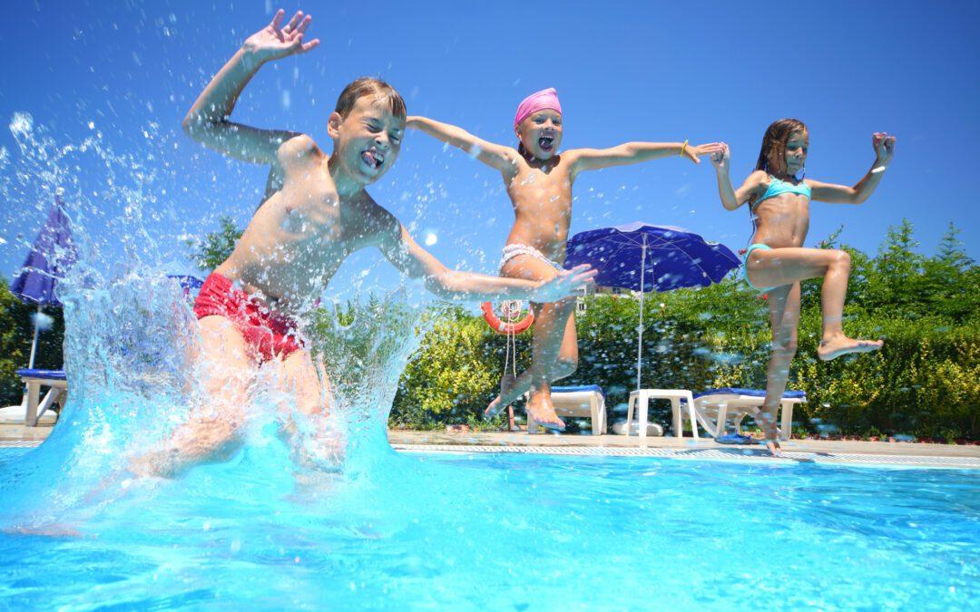 A Splashing Good Time!: 10 Fun Pool Games for Kids