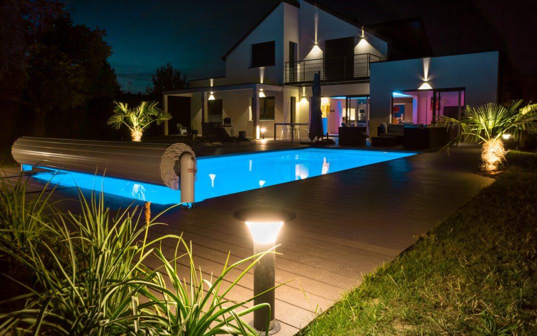 Light Up the Night: 3 Stunning Pool Landscape Lighting Ideas