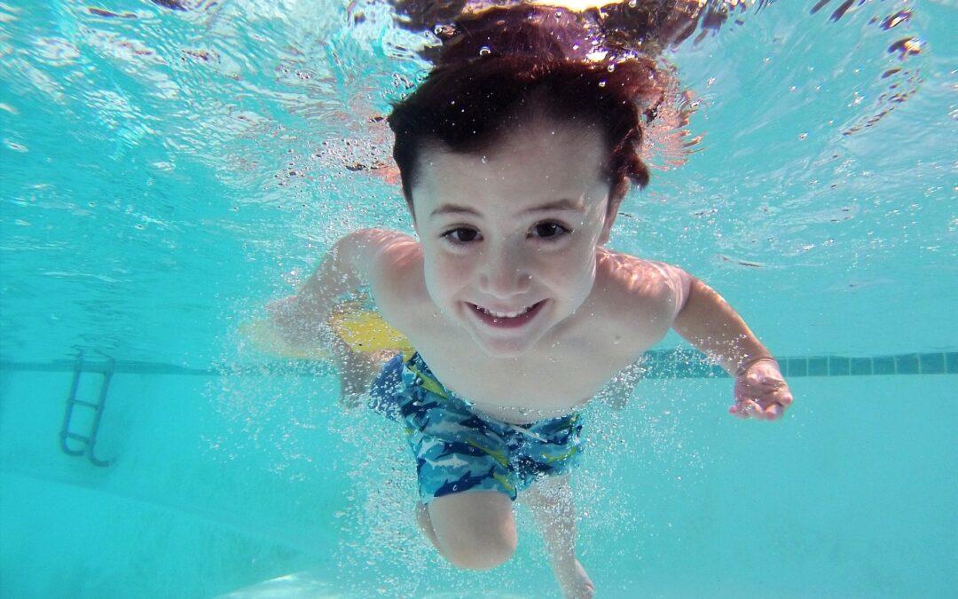 7 Pro Tips for Teaching Kids to Swim
