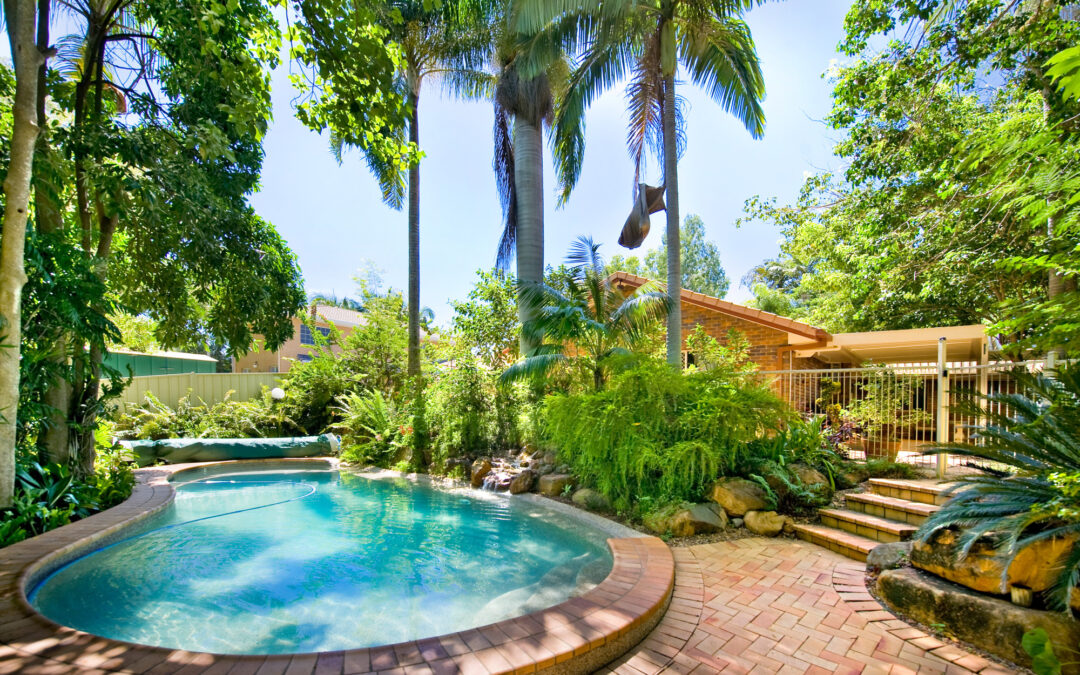 7 Awesome (and Affordable) Backyard Pool Designs